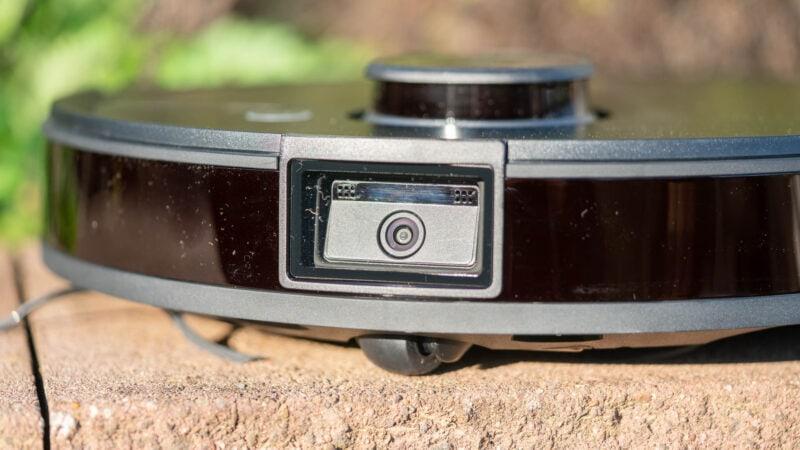 Ecovacs Robotics Deebot Ozmo T8 Aivi Test Review 15