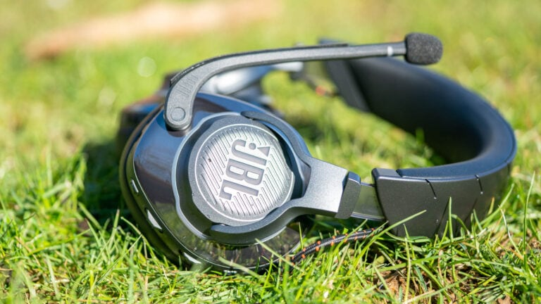 High End Gaming-Headset von JBL, das JBL Quantum 800 im Test