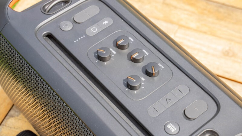 jbl partybox on the go test review 2