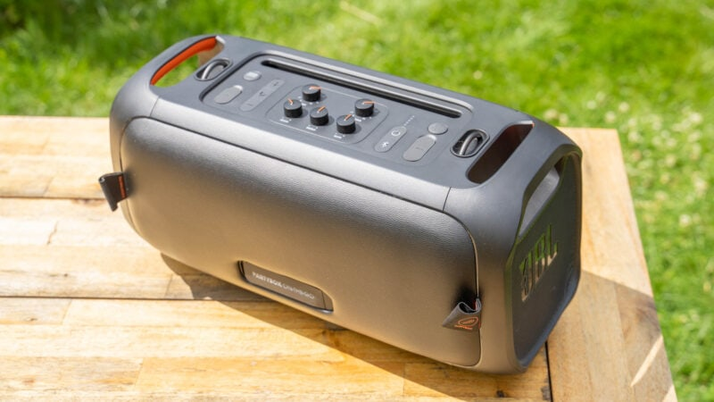 jbl partybox on the go test review 5