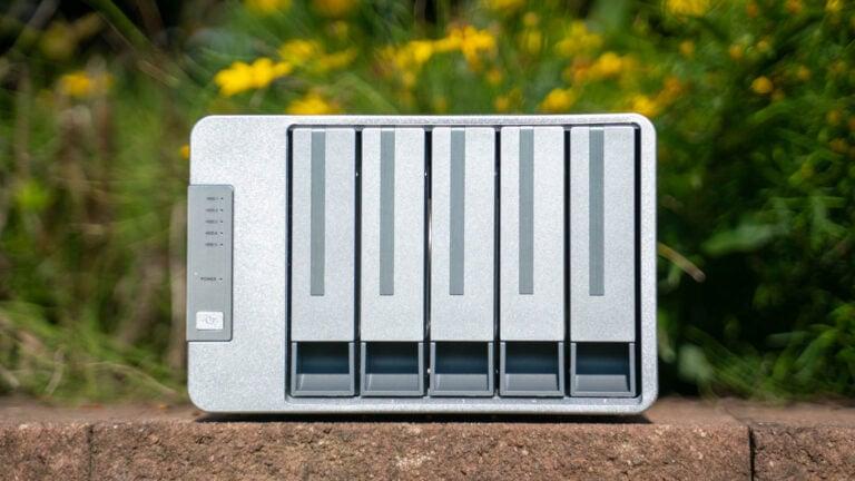 Das TerraMaster D5-300 im Test, 5-Bay HDD Box mit Raid 5